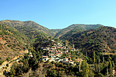 19-10塞普路斯 CYPRUS- 特洛多斯山TROODOS MT-聖母瑪莉亞古教堂-UNESCO 1985年:IMG_3401塞普路斯 CYPRUS-綠色心臟-百年村莊-往聖母瑪利亞古教堂途中.jpg