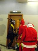 2009聖誕活動之老公公來囉:1073220101.jpg