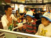 2012年9月份生日歡樂派對:1296904028.jpg