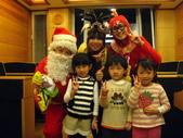 2009聖誕活動之老公公來囉:1073220085.jpg