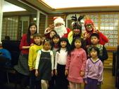 2009聖誕活動之老公公來囉:1073220093.jpg