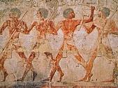 BART相簿:Ancient Egyptian Figures at Temple of Karnak, Luxor, Egypt.jpg