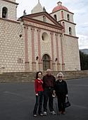 妹妹二零零九年元月來洛杉磯之旅:爸爸媽媽和妹妹2009年一月攝於聖塔芭芭拉_8.jpg