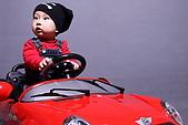 布布週歲寫真:開車車 .JPG