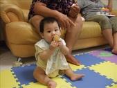 綸與祐一起吃餅乾玩玩具980719:1257765804.jpg