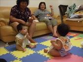 綸與祐一起吃餅乾玩玩具980719:1257765808.jpg