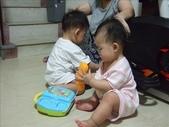 綸綸與妮寶搶玩具980804:1671378030.jpg