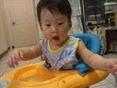 綸與祐一起吃餅乾玩玩具980719:1257765801.jpg