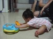 綸綸與妮寶搶玩具980804:1671378037.jpg