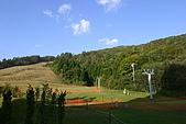 日本函館東北賞楓(三):溫泉旅遊旁的滑雪場