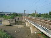 鐵道紀念物或遺跡:新舊省鐵縱貫線內湖川橋