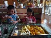 幼兒園生活照:製作水果沙拉1