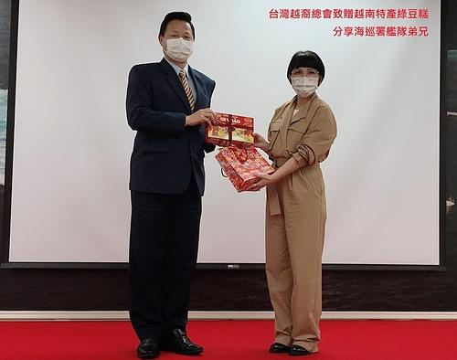 台灣越裔總會參訪海巡署艦隊-4.jpg - 2021陳凰鳳照片