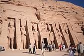 Egypt - Abu Simbel 阿布辛貝:阿布辛貝-納芙塔蒂神殿-1