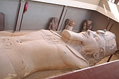 Egypt - Cairo 開羅:已傾倒的拉姆西斯二世半身雕像