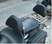 重型機車全配備改裝 :駕駛座靠背.JPG