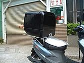 機車物流箱:Swing裝物流箱01.JPG
