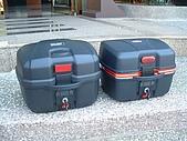 機車行李箱:手提後箱01.jpg