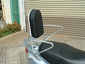 機車靠背行李箱架 :安全座椅01.JPG
