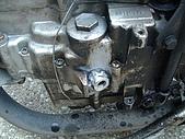 機車引擎熔接:機油洞修補滾平攻牙02.jpg