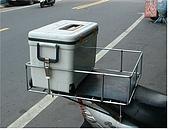 機車各式貨架:置物箱架01.JPG