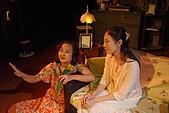 2009台北藝穗節《老派玻璃動物園總叫人家淚漣漣》:母親與蘿拉
