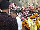 2009年2月15日關山高山嚴福德宮進香照(回程時):六叔朋友聖軍會在六叔工廠時.JPG
