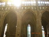 中歐14:捷克(布拉格.城堡區):捷克>布拉格.城堡區>聖維特大教堂>拱形石柱與彩繪玻璃窗1