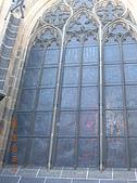 中歐14:捷克(布拉格.城堡區):捷克>布拉格.城堡區>聖維特大教堂外玻璃窗