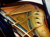YAMAHA平台鋼琴C1: