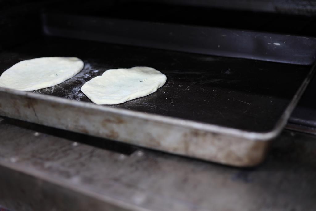 naan bread:S20190626_037.JPG
