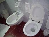 義大利蜜月之旅1:米蘭飯店_特別的洗屁屁馬桶