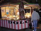 義大利蜜月之旅1:科摩湖區_夜晚街景_麵包攤位