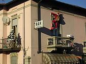 義大利蜜月之旅1:_處處可見聖誕老人在爬牆