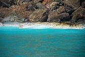 070415-龜山島賞鯨豚:被海底溫泉燻白的岩石