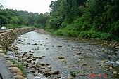 070811-大東山公司旅遊:旁邊的小溪