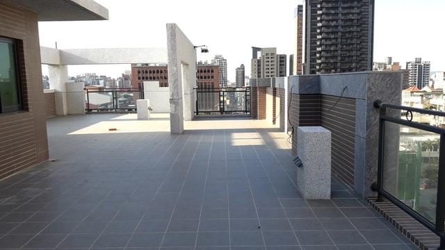 8.jpg - 華廈