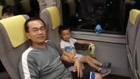 4前往京都的火車上.JPG - 1050721暑假日本行