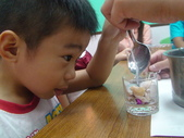 5歲2個月:5歲2個月 果凍蠟燭DIY 2012/7/28