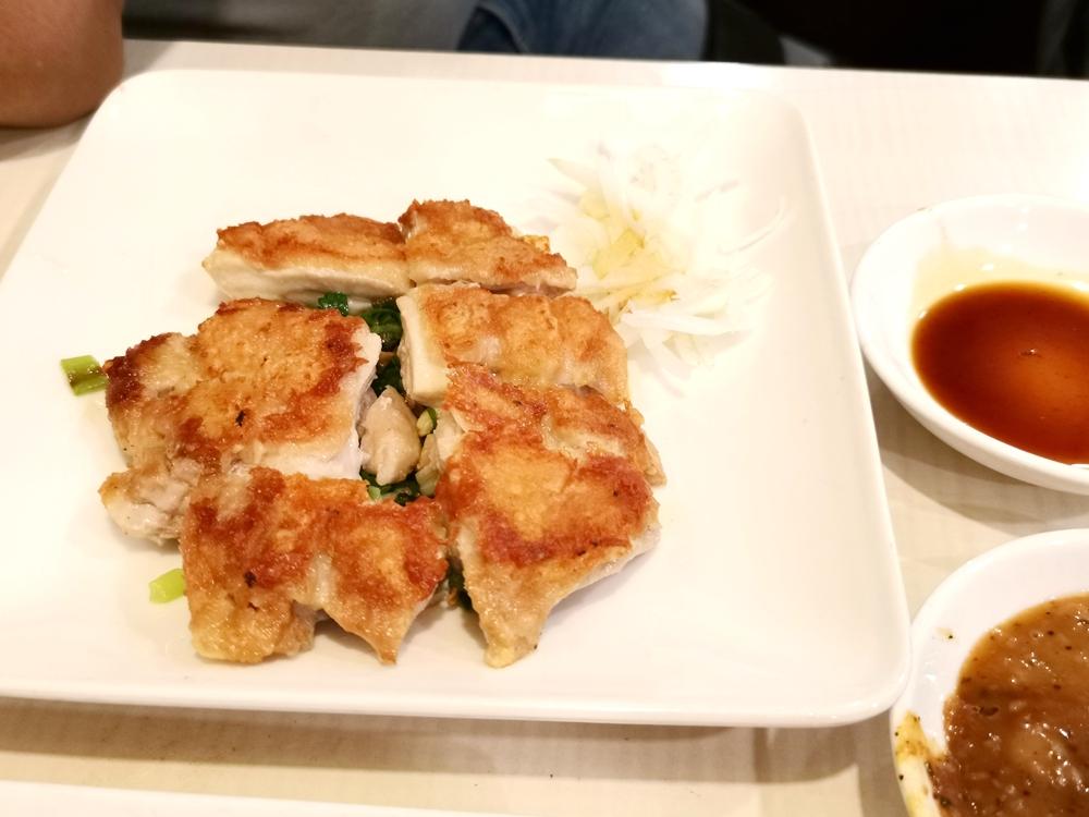 和林鐵板燒,雞腿排皮脆肉嫩,相當美味!