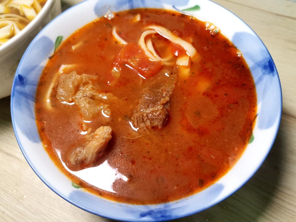大成享點子家傳牛肉湯、蕃茄牛肉湯/團購推薦、全家團購