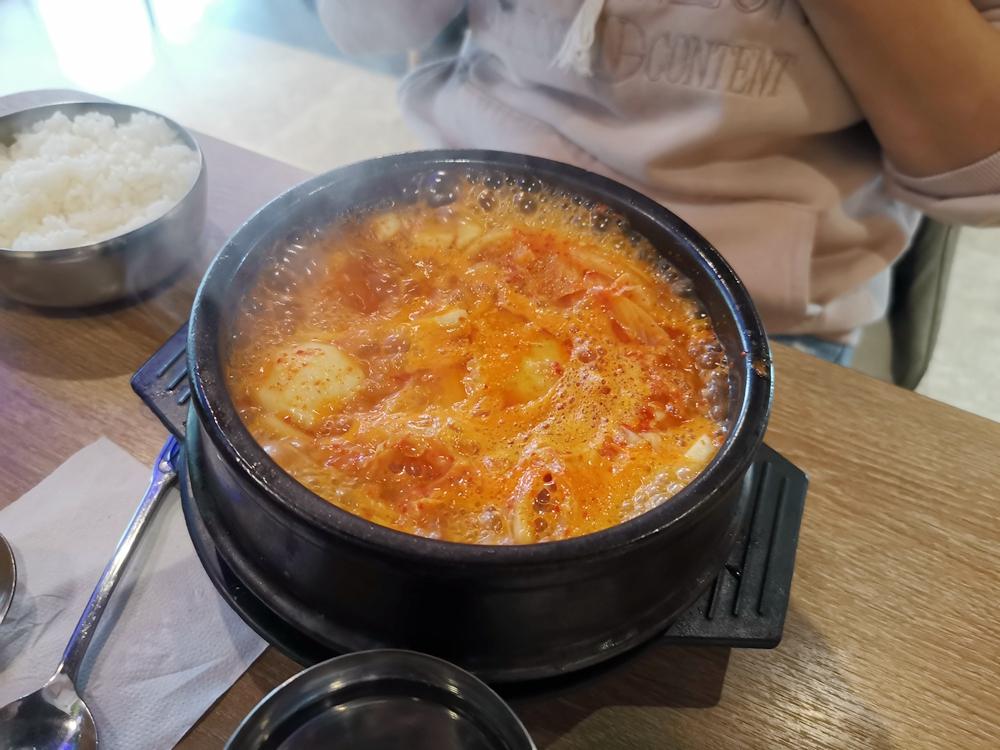 韓庭州韓國料理,這糖醋肉真的夠韓,很可以~