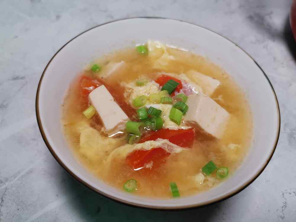 番茄豆腐蛋花湯/番茄料理/豆腐料理/雞蛋料理/牛番茄料理