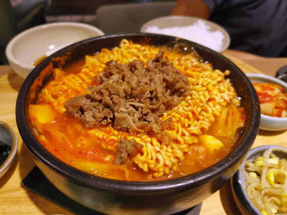 韓姜熙小廚房,人蔘雞定食真的好好吃唷!