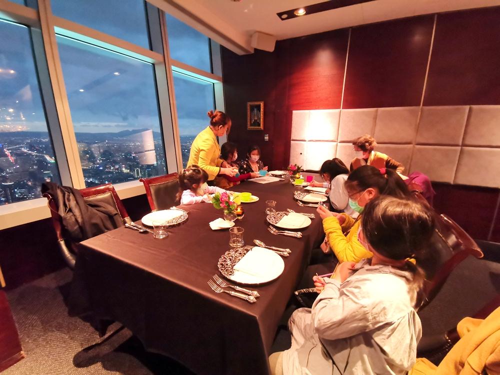 隨意鳥地方101餐廳,燈光美氣氛佳