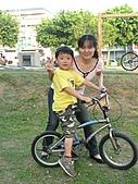 990410公園騎腳踏車:IMG_2411.JPG