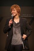 2011金賢重日本巡演表演, 記者會, 機場圖:111109-日本巡演-大阪-068-ah29.jpg