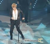2011金賢重日本巡演表演, 記者會, 機場圖:1111120-日本巡演-東京-017.jpg