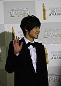 金賢重:2010MBC演技大賞:2010MBC演技大賞紅地毯_金賢重60.jpg
