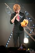 2011金賢重日本巡演表演, 記者會, 機場圖:111119日本巡演-東京081.jpg